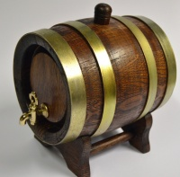 Saint Bernard Barrel (Dark Oak)